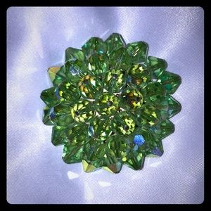 Jewelry - 💍 Vintage / Antique Faceted Green Brooch Pin